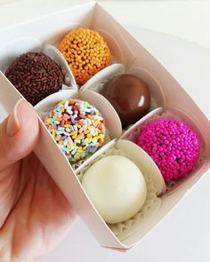Dessert Packaging, Chocolate Decorations, Chocolate Truffles, Homemade Chocolate, Confectionery, Food Gifts, Delaware, Clean Eating Snacks, I Love Food