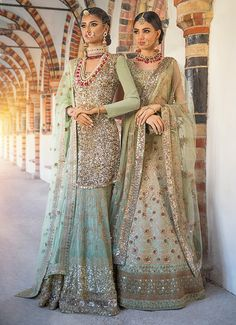 Mongas | Traditional outfits