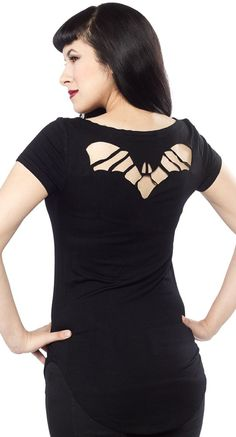 The cutest bat cutout tee! #blamebetty #bats #halloween