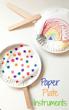 Easy Paper Plate Instruments: A Fun Rainy Day Activity for Kids Click here for all the details! Rainy day craft, rainy day activities, paper plate activity, paper plate crafts, paper plate drums, paper plate maraca, paper plate tambourine, popcorn kernel craft, easy kids craft