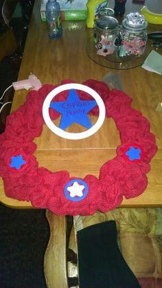 Captain America wreath Etsy.com/shop/2HeartsAs1