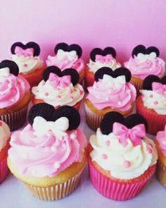 Cupcakes #jaydcupcakes minnie de vainilla con chips de chocolate