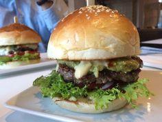 Budapest, Hamburger, Ethnic Recipes, Food, Meal, Hamburgers, Essen, Hoods, Burgers