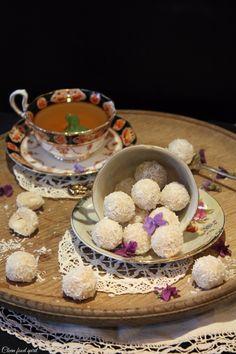 Raw, vegan coconut truffles | refined sugar free, dairy free Raffaello