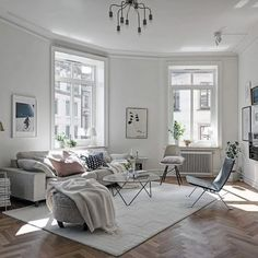 Kleine Räume Haben Einen Eigenen Charme: Gemütliches Kleines Wohnzimmer. |  Wohnung | Pinterest | Living Rooms, Room Inspiration And Small Spaces