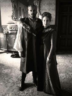 Henry et Catherine Reign Cast, Reign Tv Show, Mary Queen Of Scots, Queen Mary, Reign Catherine, Reign Season, Marie Stuart, Megan Follows, Le Mont St Michel