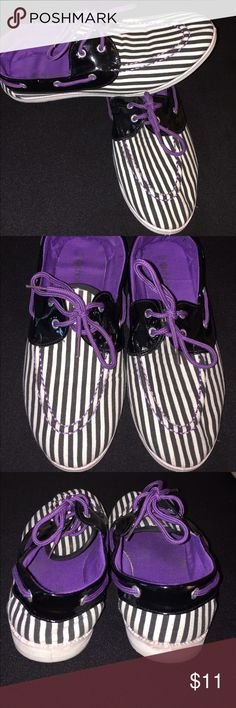💜 Black • White • Purple striped slip-ons 💜 These slip-one are cute for casual wear. The tongue has a small tare on it • Runs small equivalent to a size 8 Shoes Flats & Loafers