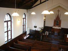 福岡県久留米市の中心街、六つ門の通りから北へ1ブロック行ったところに、ヴォーリズが設計した大正中期の教会があります。スレート葦煉瓦造り、入り口の部分は三...