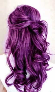 Rock your hair with deep purple color! | The HairCut Web!