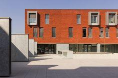 Colour 86. Boston (Attitude). Project St-Vincentius. Architect VAN OEVELEN JEF. Contractor STRABAG NV. KALMTHOUT (BE)