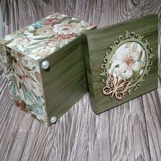 Rock Crafts, Craft Stick Crafts, Diy And Crafts, Decoupage Box, Decoupage Vintage, Wooden Memory Box, Decoupage Printables, Wedding Bottles, Shabby Chic Crafts