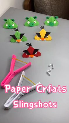 Wow, have fun with your kids. Paper Crafts Origami, Paper Crafts For Kids, Cardboard Crafts, Craft Activities For Kids, Preschool Crafts, Diy For Kids, Diy Paper, Simple Origami For Kids, Recycled Crafts For Kids