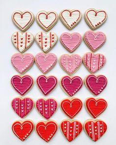 Buttercream hearts for event today! Valentine's Day Sugar Cookies, Heart Cookies, Iced Cookies, Cupcake Cookies, Royal Icing Cookies, Valentine Desserts, Valentines Day Cookies, Valentines Food, Valentines For Kids