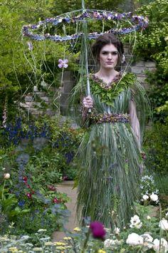 Chelsea Flower Sow Attire | The Enduring Gardener