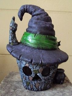 """MINIATURE GARDEN """"WITCH HAT FAIRY HOUSE"""" + WITCH, BROOMSTICK & BATTERY TEALIGHT"""