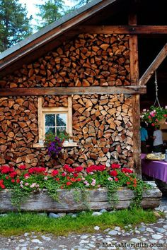 Check out this post Cheesemaking & Alp Brunch in Pontresina, Switzerland. An epic experience in the Swiss Alps! Cordwood Homes, Swiss Chalet, Cabins And Cottages, Jolie Photo, Cabins In The Woods, Firewood, Interior And Exterior, Countryside, Places To Go