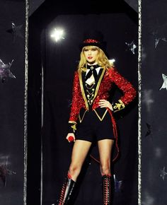 the ringmaster   fitting that I love Tswift