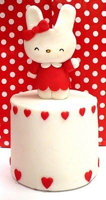 Hello Kitty mini cake from Natasha of Amelie's House blog