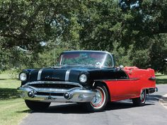Pontiac Star Chief Convertible (2867DTX) 1956.  Love the two-tone, and definitely a good year!