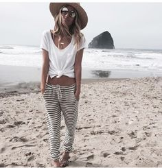 Lovely beach outfit!