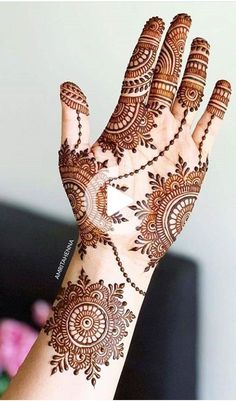 new mehndi designe latest henna designe Henna Hand Designs, Dulhan Mehndi Designs, Mehandi Designs, Henna Flower Designs, Mehndi Designs Finger, Latest Arabic Mehndi Designs, Mehndi Designs For Girls, Mehndi Designs For Beginners, Mehndi Designs 2018
