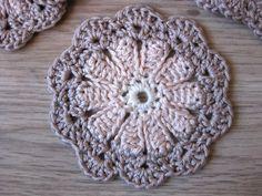 Crochet Diagram, Crochet Motif, Crochet Doilies, Crochet Flowers, Crochet Patterns, Crochet Home, Diy Crochet, Crochet Ideas, Cd Diy