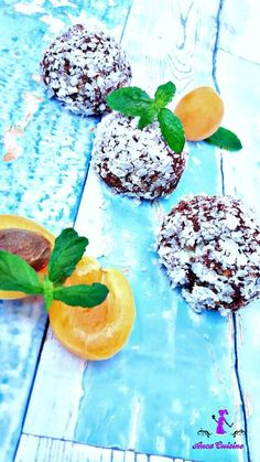 Optional: indulcitor de stevie sau sirop de agave Plum, Panna Cotta, Fruit, Ethnic Recipes, Food, Syrup, Dulce De Leche, Eten, Meals