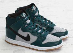 "Nike SB Dunk High ""Dark Atomic Teal"" (Another Look)"