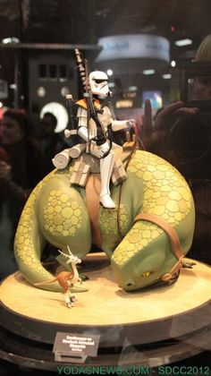 The animated line of Star Wars maquettes from Gentle Giant is my absolute favorite line of collectibles from any company. This is one of their new statues, displayed at Comic-con. Amazing!