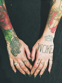 Kehlani hand tattoos, acssesories and nails - 2016