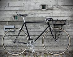 Designspiration — Urban Cycles Black Porteur