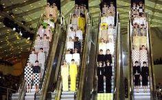 Daniel Buren Louis Vuitton spring summer 2013 catwalk show set