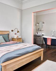 You'll Love These Top 5 Bathroom Trends for 2020 - WeLoveHome Oak Bedroom, Home Decor Bedroom, Bedroom Wall, Gray Interior, Home Interior Design, Interior Styling, Open Plan Bathrooms, Oak Furniture Land, Bathroom Trends