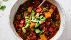Easy Vegetable Chili (Crockpot or Stovetop) - The Simple Veganista Sour Beef Recipe, Three Bean Chili Recipe, No Bean Chili, Grape Recipes, Bean Recipes, Chili Recipes, Whole Food Recipes, Sweet And Sour Beef, Butternut Squash Chili