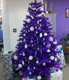 I want this tree plz! Christmas Photos, Christmas Holidays, Christmas Decorations, Xmas, Holiday Decor, Christmas Stuff, Purple Love, All Things Purple, Shades Of Purple