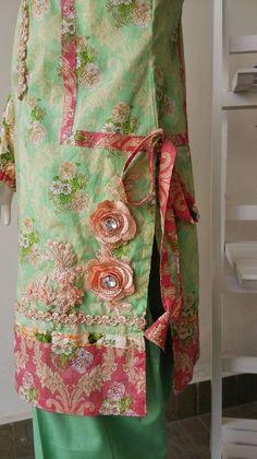 Stylish Dresses For Girls, Frocks For Girls, Simple Dresses, Casual Dresses, Formal Dresses, Pakistani Fashion Casual, Pakistani Dresses Casual, Pakistani Dress Design, Pakistani Frocks