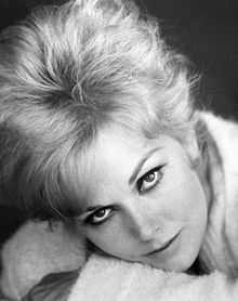 Marilyn Pauline Kim Novak born February 13 1933 is a retired American film and television actress currently engaged as a visual artist Hollywood the st Golden Age Of Hollywood, Hollywood Glamour, Hollywood Stars, Hollywood Actresses, Classic Hollywood, Old Hollywood, Actors & Actresses, Hollywood Icons, Female Actresses