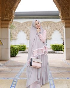 "126 Likes, 8 Comments - Authorized Reseller SISESA (@rikhe_lind) on Instagram: ""Ootd hari ini . . . Me wearing tahminah set by @sisesaclothing . . . Ready…"""