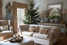 Love the Look: A Gustavian Holiday