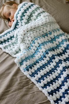 Transcendent Crochet a Solid Granny Square Ideas. Inconceivable Crochet a Solid Granny Square Ideas. Crochet Baby Blanket Beginner, Easy Baby Blanket, Crochet Granny, Baby Girl Crochet Blanket, Crochet Baby Blanket Patterns, Baby Knitting, Striped Crochet Blanket, Afghan Patterns, Doily Patterns