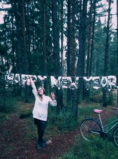 ※ My dears! It was a very good year for me, I achieved several goals, and closed certain life stages, giving myself space for new adventures. I am grateful for everything I received 💫Therefore, I want to turn up the pace on my way to my dreams. And I wish you the same in coming 2018 🎉. Let The New Year bring you the space to make your dreams come true. Everything is in your head, that's why you should have beautiful thoughts every day. All The best in 2018! ❤️ greetings from Finland 🤗!  ※