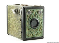 "Gap Box 6 x 9, made in France, 1950, box cameras played a very important role by making photography accessible to the general public. They meet the requirements of today's disposable cameras : to allow anyone to take pictures at the lowest price and in the most simple way. They were the first ""point and shoot"" cameras."