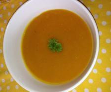 Rezept Kürbissuppe mit Möhren - WW null Punkte! von sabine-thermo - Rezept der Kategorie Suppen