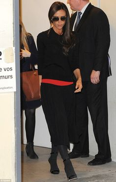 Keeping it simple: The 39-year-old sported a mainly all-black outfit while committing the footwear fashion faux pas