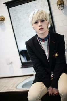 Hansol <3 Topp Dogg... I have no idea who you are yet, but I like your face<3