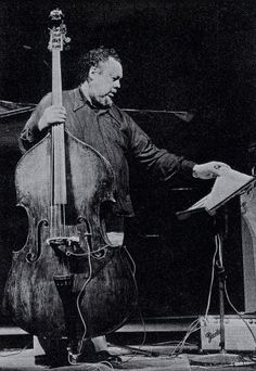 Bass. Charles Mingus Jazz.