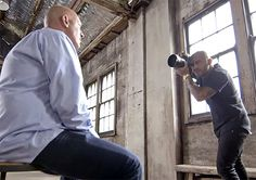6 Photographers Capture Same Person But Results Vary Widely Because of a Twist via Shutterbug Photography Classes, Photography Projects, Artistic Photography, Photography Business, Digital Photography, Photography Tips, Have A Great Vacation, Through The Looking Glass, Show And Tell