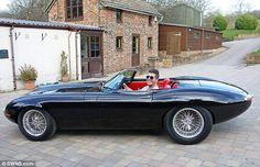 Simon Cowell and his new Jaguar Eagle E-type sports car Porsche 911 Cabriolet, Porsche 918, Jaguar Type, New Jaguar, Jaguar Cars, Carros Lamborghini, Lamborghini Aventador, Maserati Granturismo, Ferrari California