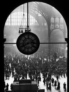 Clock in Pennsylvania Station Fotografie-Druck