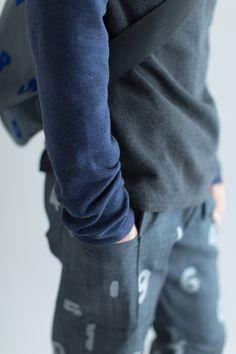 【予約10%OFF】ダブルフェイス ツイルニット 型ぬき長袖Tシャツ/消炭色×濃紺(※9月下旬発送予定) - SOU・SOU netshop (ソウソウ) - 『新しい日本文化の創造』
